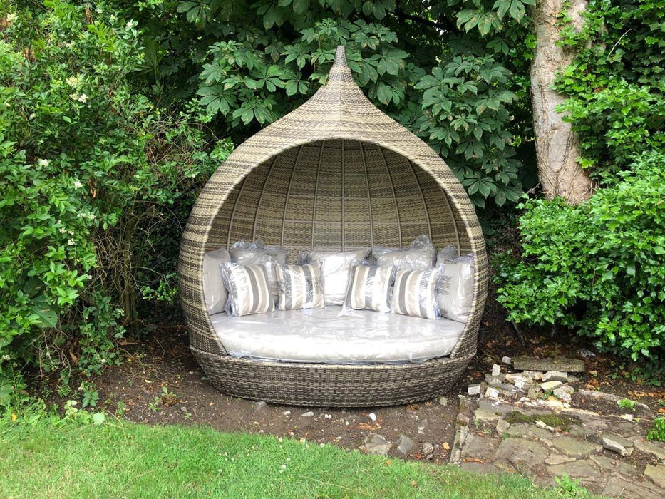Pearl Day Bed - Reserve one from July stock with just a deposit - CONTACT US