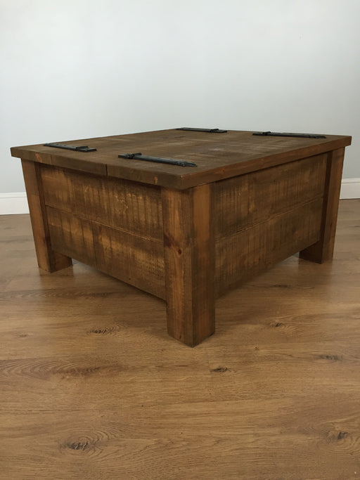 The Authentic Waxed Double Trunk