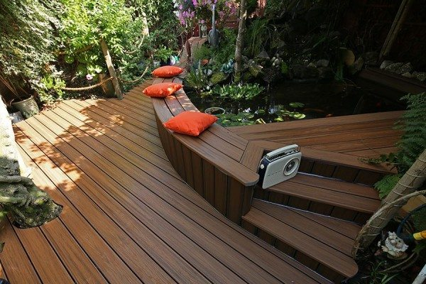 Trex Transcend - Tiki Torch Decking