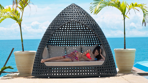 Ocean Relax Hut With cushions - LAST X2 IN STOCK