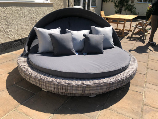 Madison Day Bed - SOLD OUT