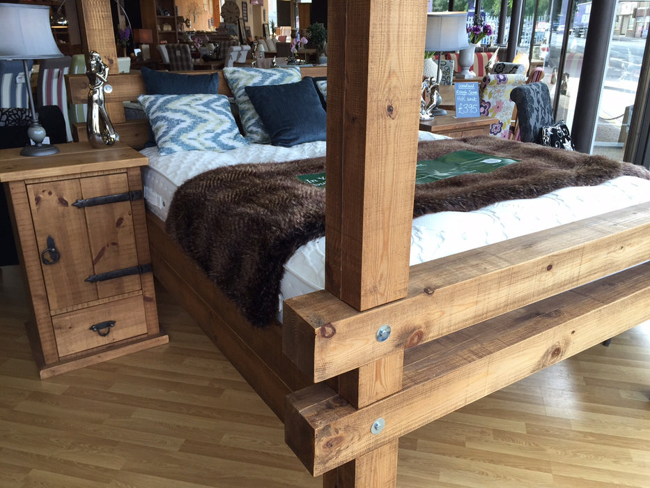 The Authentic Waxed Lumber Bed