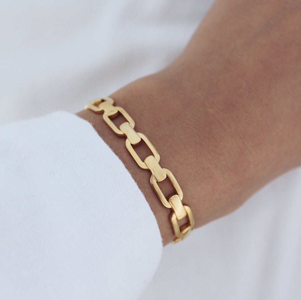 Hunter Cuff Gold