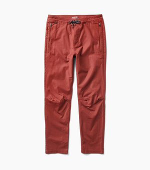 Layover Stretch Travel Pant (Maroon)