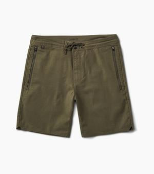 Layover Stretch Travel Short 19
