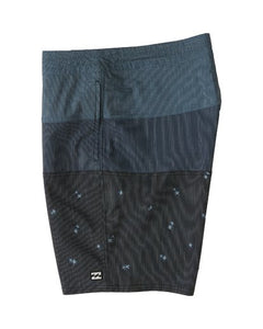 Tribong Lo Tides Boardshort (Black)