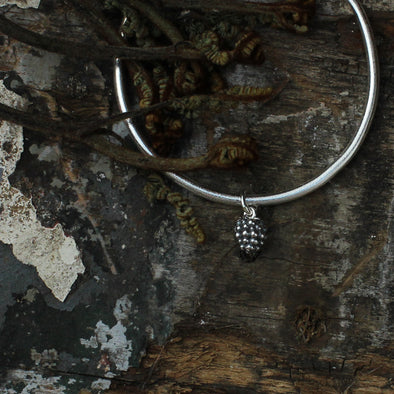 Small blackberry bangle