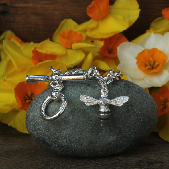 No.5 wrist chain - boat ring & t-bar with a Small Scilly bee charm
