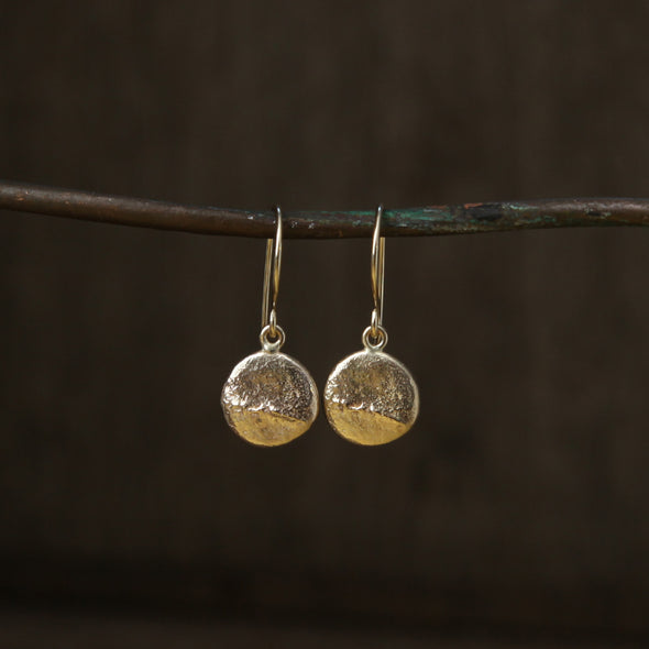 Tresco pebble hooks - gold