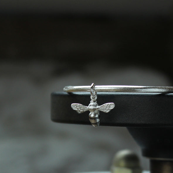Small Scilly Bee Bangle