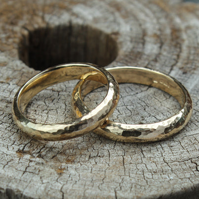 Hammered, 9 ct yellow gold bands