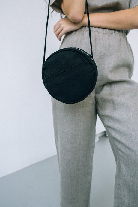 canvas circle purse - black