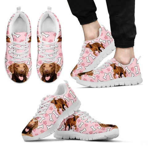 Chesapeake Bay Retriever Print Sneakers For Men(White/Black)- Express Shipping