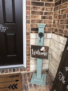 Teal Welcome Post