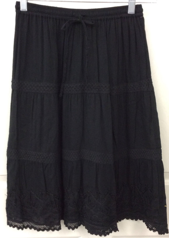 Studio West Apparel Black Embroidered Crochet Boho Skirt Size PS