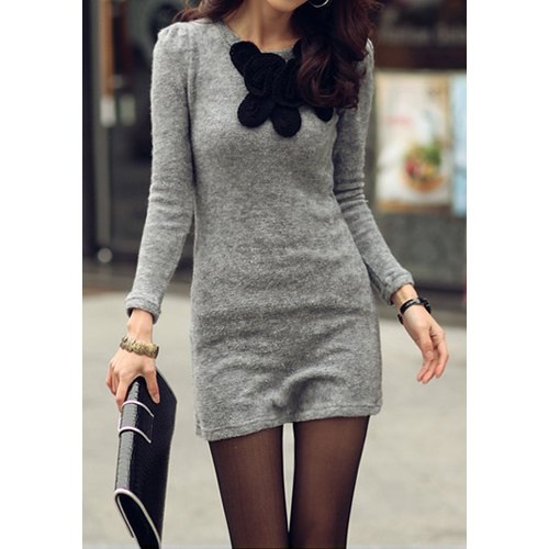 Simple Round Neck Long Sleeve Stereo Flower Embellished Knitted Women's Dress