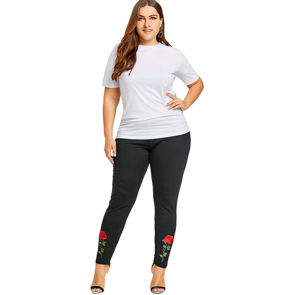 Plus Size Rose Applique Leggings