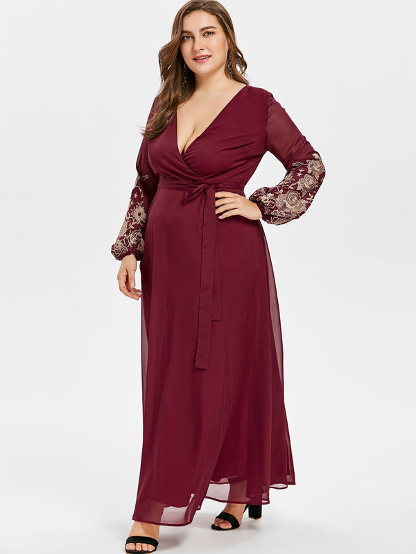 Plus Size Floral Embroidery Sleeve Maxi Dress