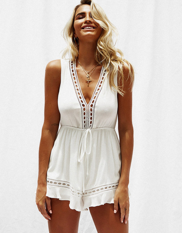 V-neck sleeveless stitching solid color short jumpsuit