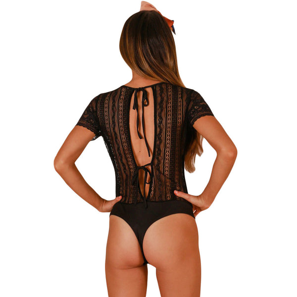 New sexy lace round neck cutout button design sleeve back strap with short slim bodysuit