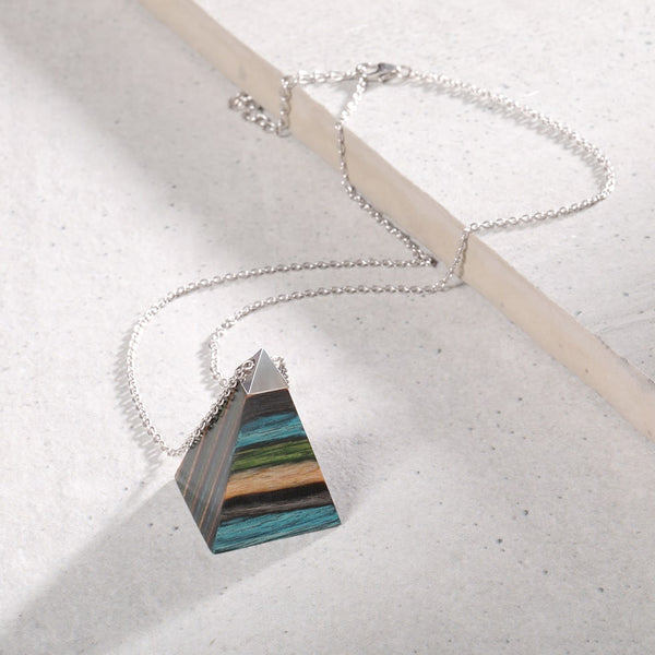 wood pendant necklaces