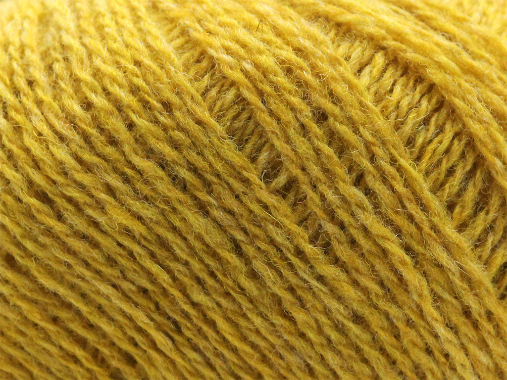 Supersoft 4ply -  Nugget 832