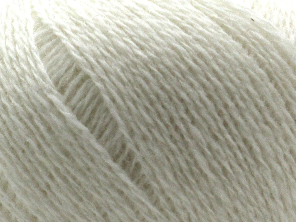 Supersoft 4ply - Winter White 200