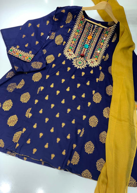 Charizma Luxury Chiffon For Eid 2015 - Memsaab Online