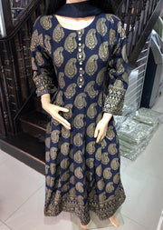 HK17 Readymade Blue Pleated Long Linen Suit - Memsaab Online