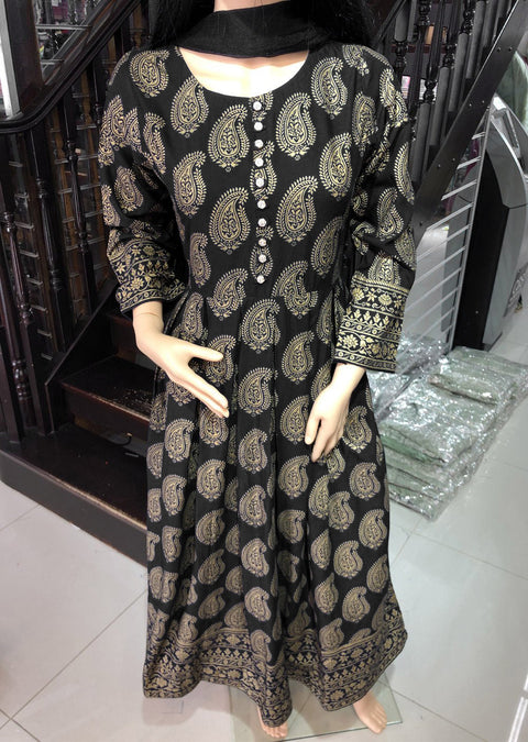 HK17 Readymade Black Pleated Long Linen Suit - Memsaab Online
