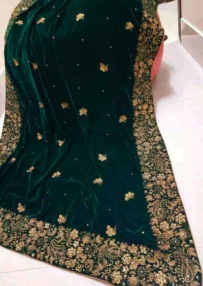 SHA12 Green Embroidered Velvet Shawl - Memsaab Online