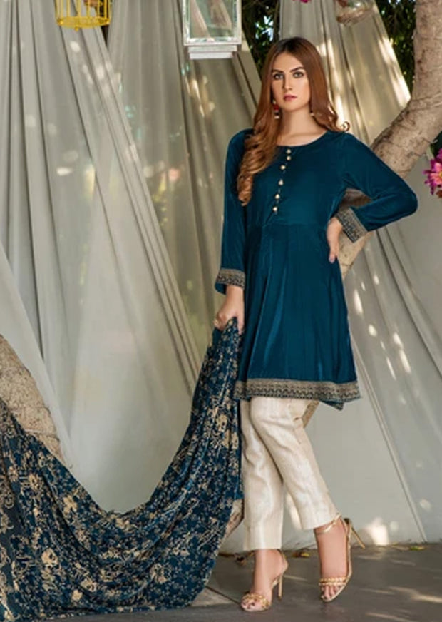 Sapphire - Teal Readymade Velvet Dress with Shawl by Garnet - Memsaab Online