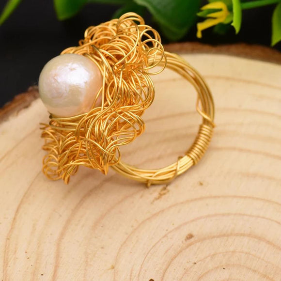 Swash Pearl Ring