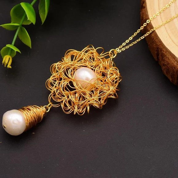 Extravagance Pearl Necklace