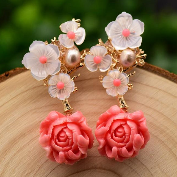 Fragrant Pearl Earrings