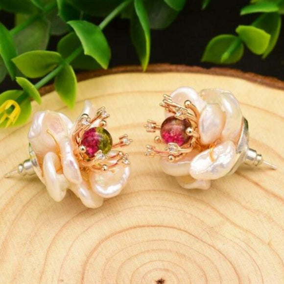 Pollen Pearl Earrings