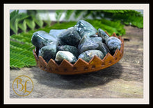 Load image into Gallery viewer, MOSS AGATE Gemstone 3 Piece Set Healing Moss Agate Crystal Kit Moss Agate Intention Set Lithiotherapy Healing Moss Agate 3 Stone Crystal Set