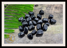 Load image into Gallery viewer, BLACK JET Gemstone 3 Piece Set Healing Black Jet Crystal Kit Black Jet Intention Set Lithiotherapy Healing Black Jet 3 Stone Crystal Set Jet