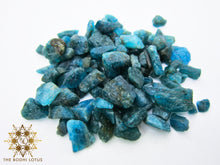Load image into Gallery viewer, APATITE Weight Goals Eau De Gemme Apatite Gemstone Elixir Water Bottle Apatite Gemstone