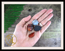 Load image into Gallery viewer, ALLERGIES Gemstone Kit 4 Healing Allergies Healing Crystals Allergies Intention Lithiotherapy
