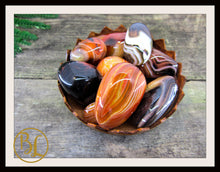 Load image into Gallery viewer, CARNELIAN Gemstone 3 Piece Set Healing Carnelian Crystals Carnelian Intention Set Lithiotherapy