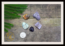 Load image into Gallery viewer, NEPTUNE Gemstone Kit 5 Healing Neptune Gemstone Set Healing Crystal Stones for Planet Neptune Healing Intention Stone Lithiotherapy Neptune