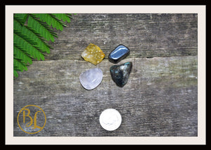 FEAR Gemstone Kit 4 Healing Fear Gemstone Set Healing Crystals Stones for Fear Healing Intention Stones Lithiotherapy Fear Crystals & Stones