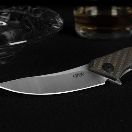 CPM S35VN Steel Pocket Knives - Pros and Cons