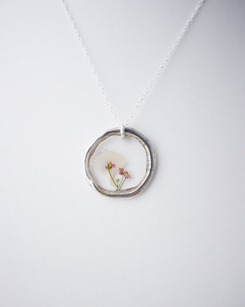 Tiny Bouquet Necklace