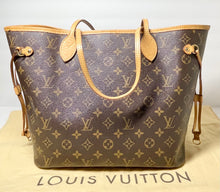 Load image into Gallery viewer, AUTHENTIC Louis Vuitton Neverfull Monogram MM PREOWNED (WBA370)