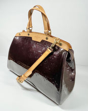 Load image into Gallery viewer, AUTHENTIC Louis Vuitton Brea Vernis Amarante MM PREOWNED (WBA329)