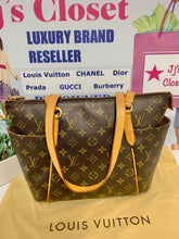 Load image into Gallery viewer, AUTHENTIC Louis Vuitton Totally PM Monogram PREOWNED (WBA187)