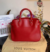 Load image into Gallery viewer, AUTHENTIC Louis Vuitton Passy PM PREOWNED (WBA019)