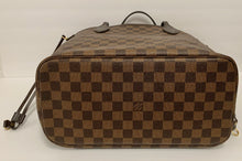 Load image into Gallery viewer, AUTHENTIC Louis Vuitton Neverfull Damier Ebene MM PREOWNED (WBA218)